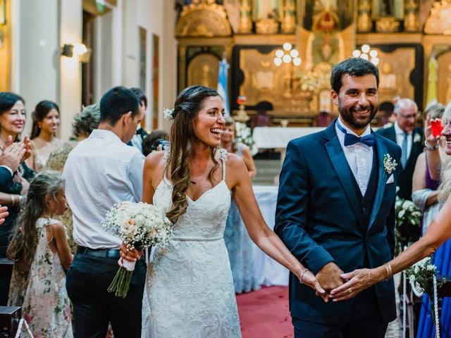 novia-feliz-iglesia