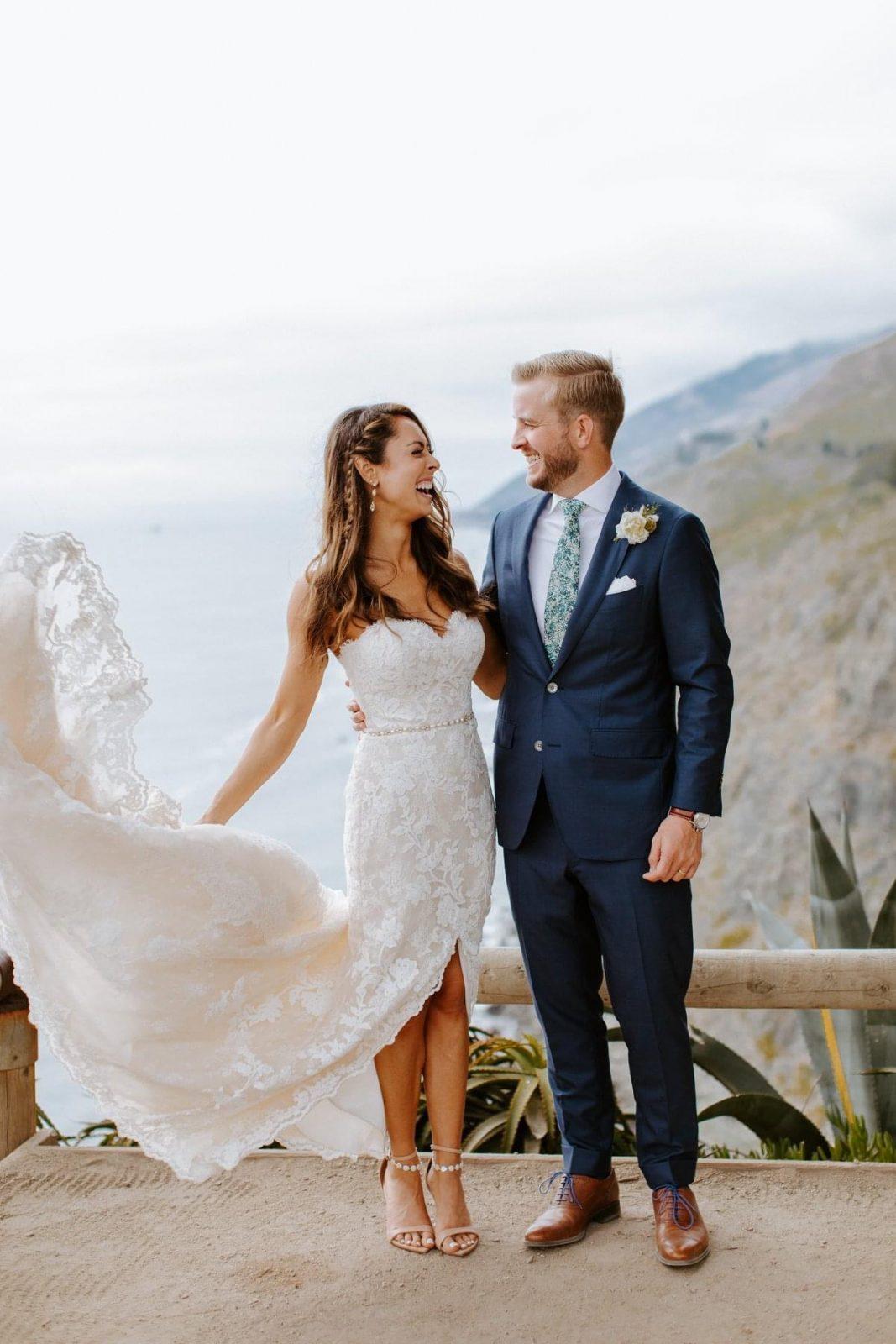 traje de novio azul marino corbata flores zapatos casual playa fistol pañuelo novia
